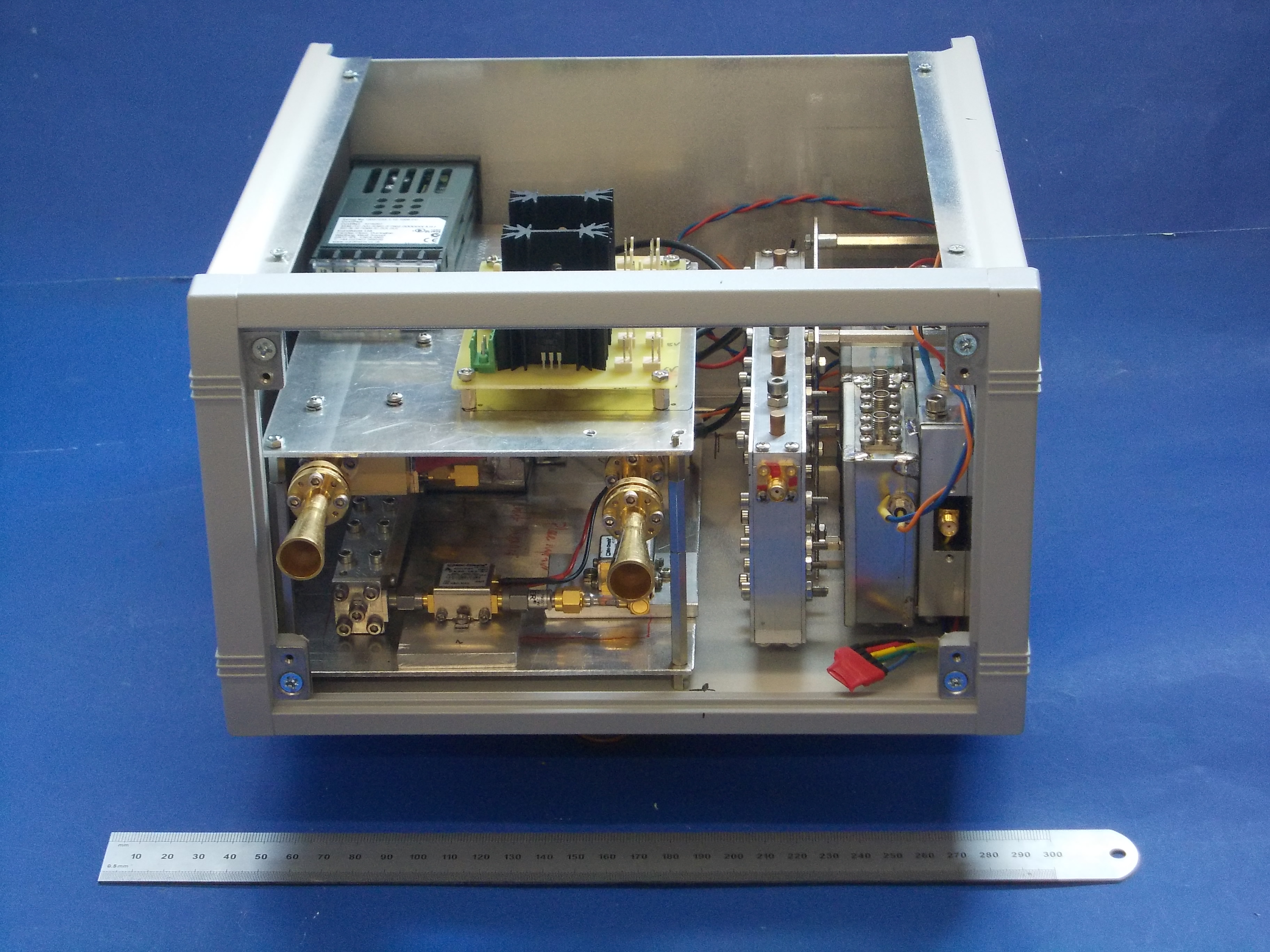 94GHz Radar for civilian structure monitoring